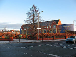 Endeavour Learning and Skills Centre - Endeavour school from Beveley Road. (2011)