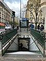 Entrée Station Métro Boucicaut Paris 1.jpg