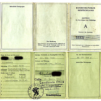 Refugee identity certificate - Image: Flüchtlingsausweis A