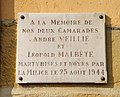 Fontaines-sur-Saône - Plaque hommage résistants Veillié et Malbète (juil 2018).jpg