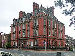 Liverpool Homeopathic Hospital - The former Liverpool Homeopathic Hospital building on Hope Street in 2011
