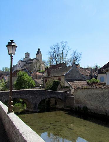 Châtillon sur Seine et son cratère dans Bourgogne