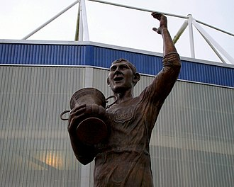 Fred Keenor - Statue of Keenor outside the Cardiff City Stadium