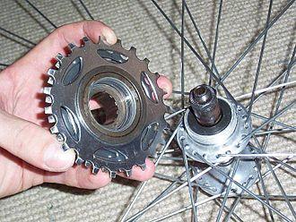 Cogset - A freewheel and freewheel hub