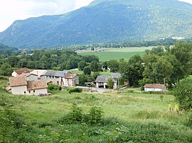 A general view of Frontignan-de-Comminges