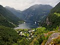 Geirangerfjord Viewed from Flydalsjuvet Viewpoint - 2013.08 - panoramio.jpg