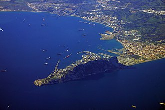Aerial view showing the Rock of Gibraltar, the isthmus of Gibraltar and the Bay of Gibraltar. Gibraltar 10000m.jpg