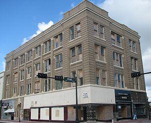 Gilbert Building (Beaumont, Texas) - Image: Gilbertbuildingcrop