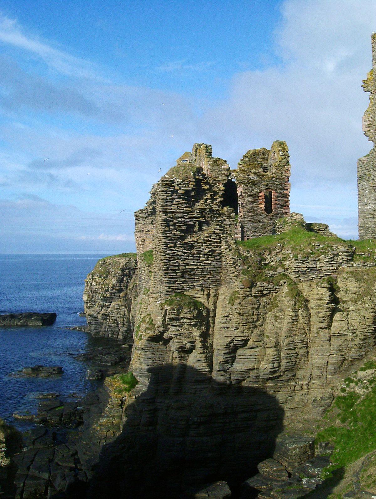 Castle Sinclair Girnigoe - Wikipedia