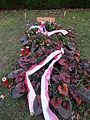 Grab von Hedy Lamarr auf dem Wiener Zentralfriedhof, Gruppe 33 G, Grab Nr. 80 (Dez. 2014).jpg