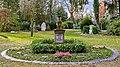 Grabstein Hauptfriedhof Freiburg jm89805.jpg