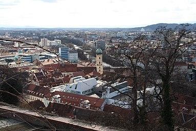 Graz Panorama 2012.jpg