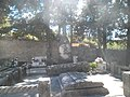 Groblje na hrvatskom otoku Braču.jpg