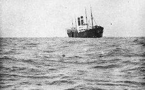 SS Vaderland (1900) - Image: HMT Southland after torpedo hit September 1915