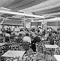 Halfoverdekt terras van café Rowal, Bestanddeelnr 255-1795.jpg