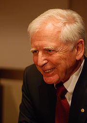 Harald zur Hausen-press conference Dec 06th, 2008-6.jpg