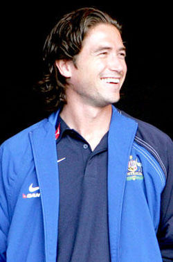 Harry Kewell at award presentation.jpg