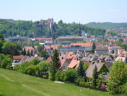 View over Heidenheim towards the castle Helfenstein