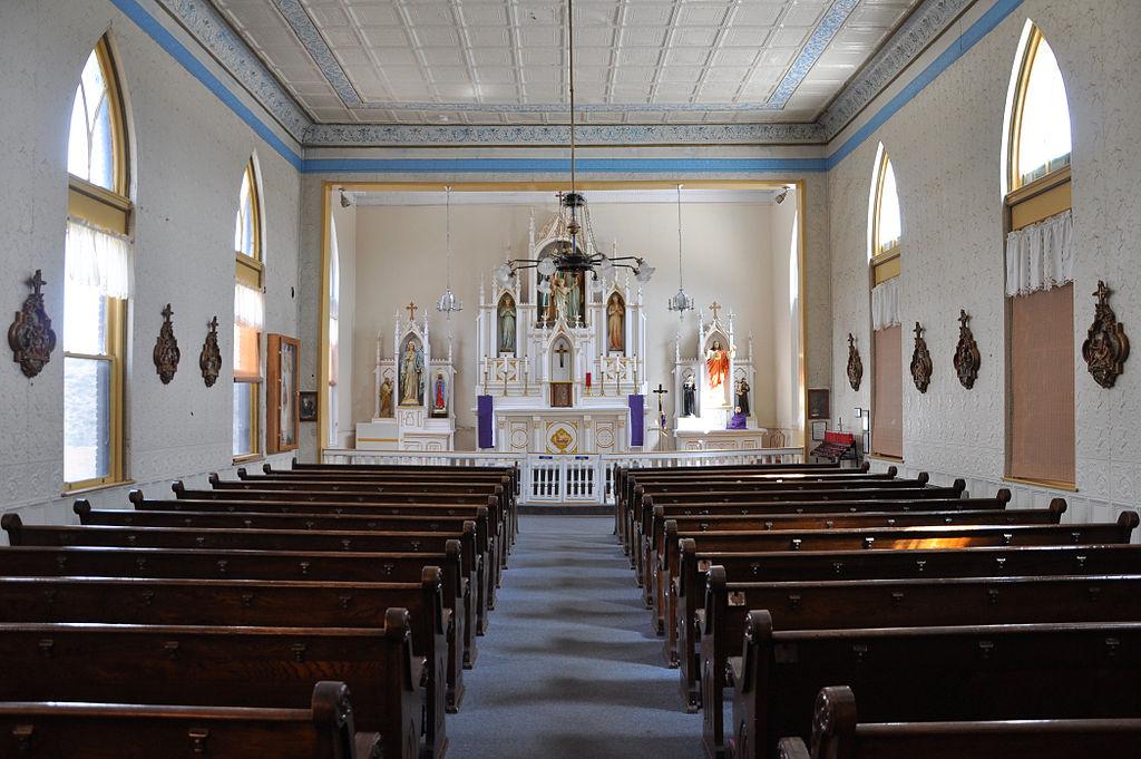 File Holy Family Catholic Church Interior Jerome Arizona