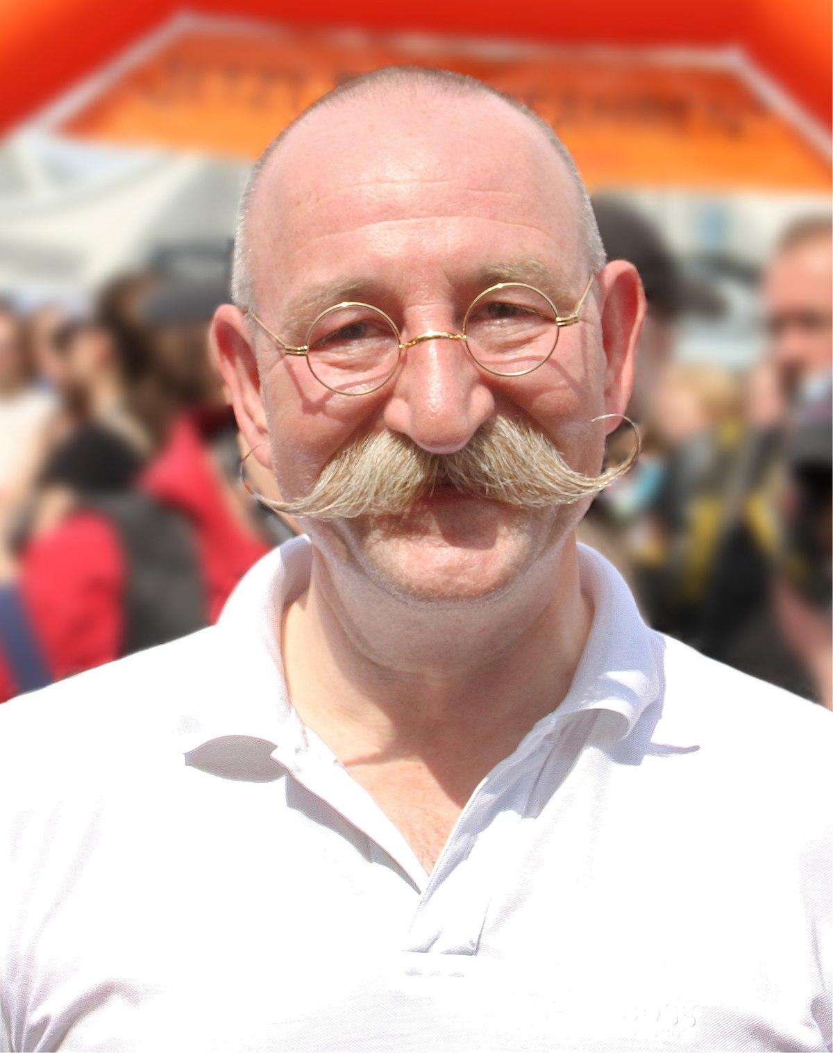 Körpergröße Horst Lichter