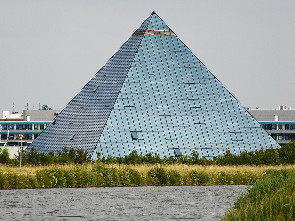 Hotel Pyramide Fuerth