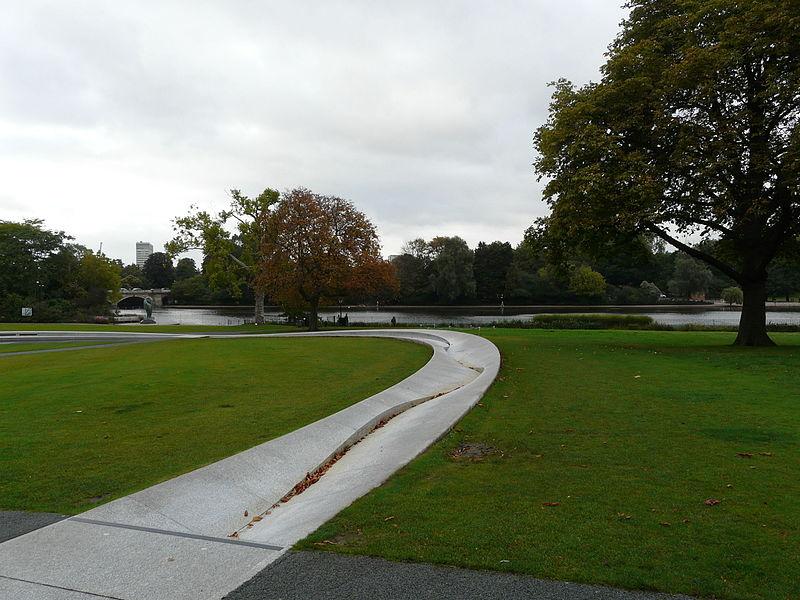 File:Hyde Park (10).JPG