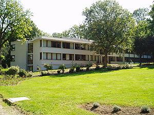 Institut des Hautes Études Scientifiques - IHÉS main building