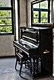 IMG 4036-1 Piano (6338337002).jpg