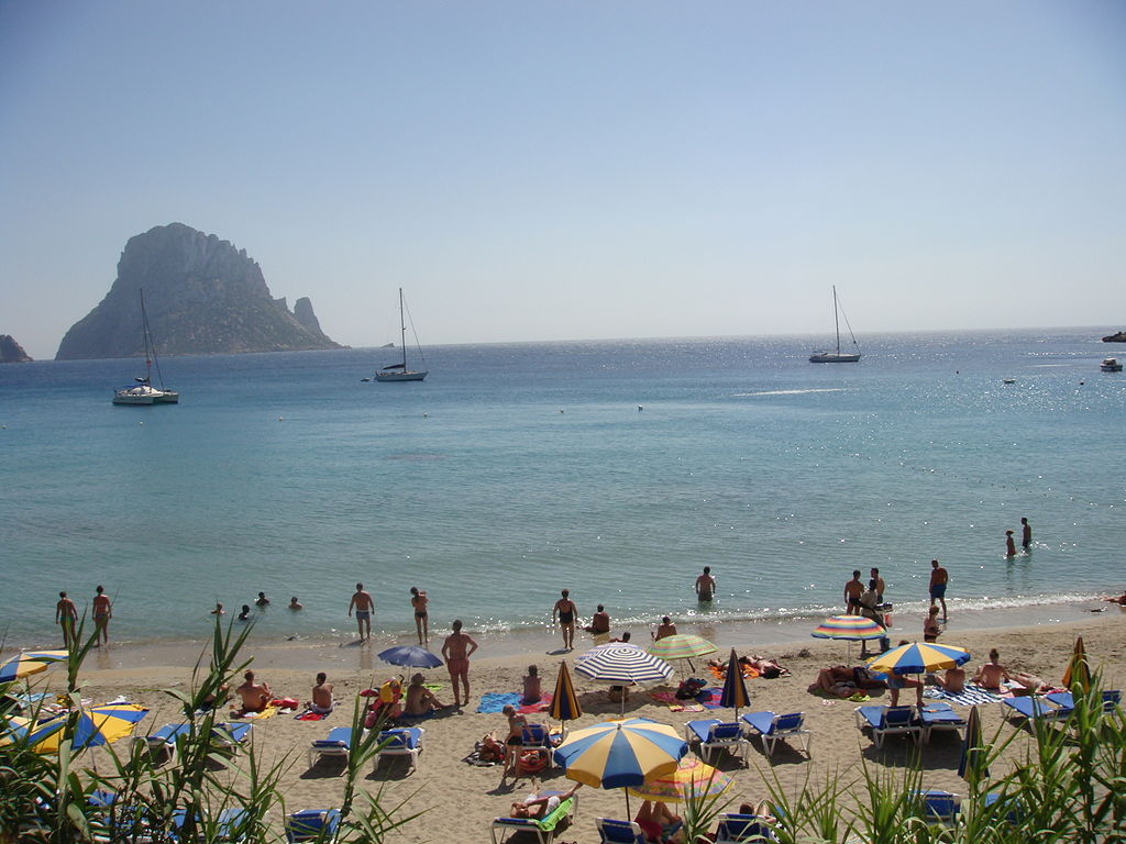 1024px-Ibiza,_Spain_(2662925415).jpg