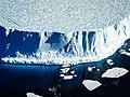 Iceberg (26376304048).jpg