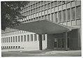 Ignacy Płażewski, Wejście główne do budynku Biblioteki Uniwersytetu Łódzkiego przy ul. Matejki 32-38, I-4710-21.jpg