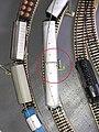 In der Länge verkürzte Kleinbahn Wagen auf einer Märklin Kleinanlage mit Metallgeleisen (mit Markierung).jpg