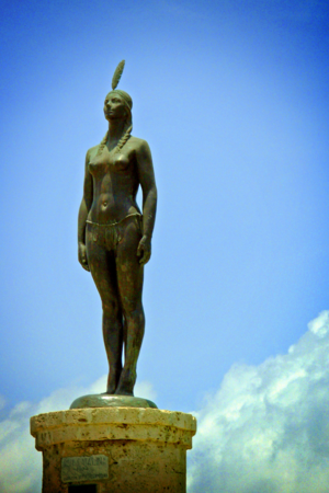 India Catalina - Statue of India Catalina in Cartagena de Indias.