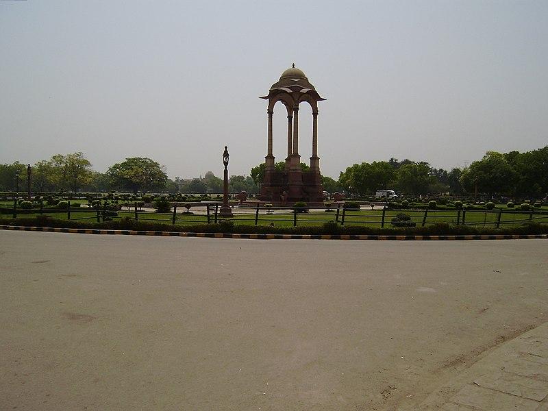 File:India Gate, Delhi - panoramio (2).jpg