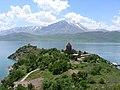 Insel Akdamar Աղթամար, armenische Kirche zum Heiligen Kreuz Սուրբ խաչ (um 920) (39526858475).jpg