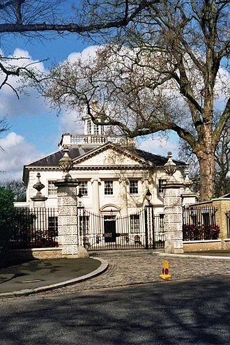 Quinlan Terry's Regent's Park villas - Ionic Villa, Regent's Park