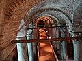 Istanbul - 01 - La cisterna-basilica dall'ingresso - foto di G. Dall'Orto, 26-5-2006.jpg