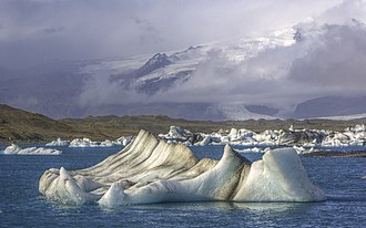 Jökulsárlón - Image: Jökulsárlón lagoon in southeastern Iceland