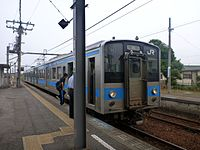 JRS 121 at Konzoji Station 20130609 (9016619283).jpg