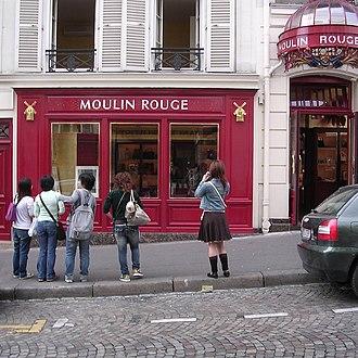 Paris syndrome - Japanese tourists in Paris.