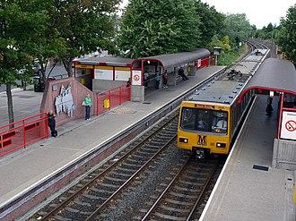 Jarrow Metro station - Image: Jarrow Metro Station (geograph 1968207)