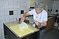 Joehrerhof Schafkaeseproduktion Abschoepfen der Molke 13062014 754.jpg