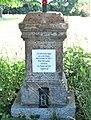Kříž naproti domu 302 ve Starých Křečanech (Q104983693) 03.jpg