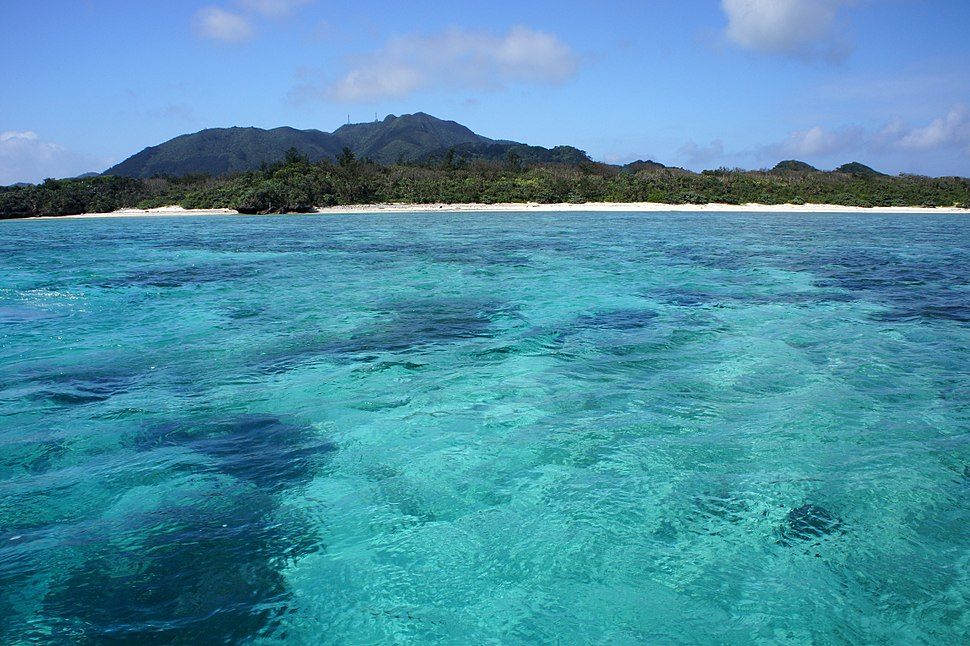 Kabira Bay Ishigaki Island30s3s4592
