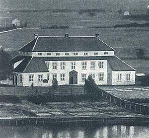 Joen Jacobsen - Kammerherregården was built in 1760 by Joen Jacobsen. It was destroyed in a fire in 1901, and rebuilt as the current Porsgrunn City Hall.