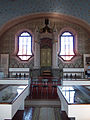 Kasejovice synagoga - schrána na tóru.jpg