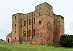 Kenilworth Castle keep 2016.jpg