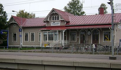 How to get to Kirkkonummen Asema with public transit - About the place