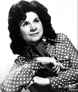 Kitty Wells American country music singer