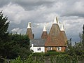 Knoxbridge Oast House - Honeywell Oast, Knoxbridge, Frittenden, Kent - geograph.org.uk - 565538.jpg